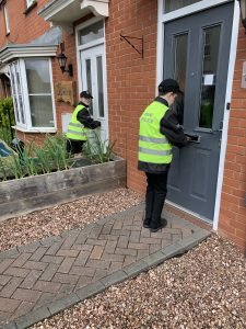 Mini Police give out leaflets in Stockmoor
